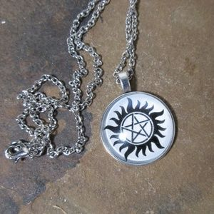 Jewelry - Supernatural pentagram symbol pendant necklace